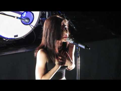 Dreaming Alone (Live in NYC) - Against The Current