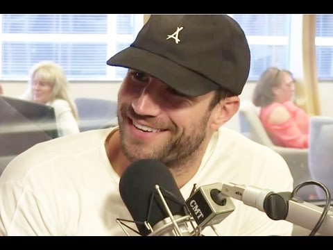 CMT Radio: Sam Hunt's Bro Hug Advice, Ideal Summer Date and More
