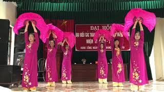 Múa: Tình ta biển bạc đồng xanh CLB Thôn Thưa, Hưng Công, Bình Lục, Hà Nam.