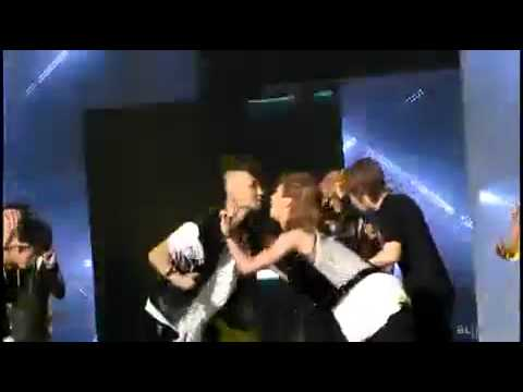 100731 SHINee Key Taemin Kiss
