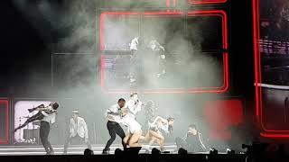 HUGH JACKMAN 🎶 The Man. The Music. The Show. 🎈 05/14/2019 Berlin ... opening 🤩