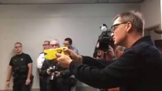 Démonstration taser gun SPVL