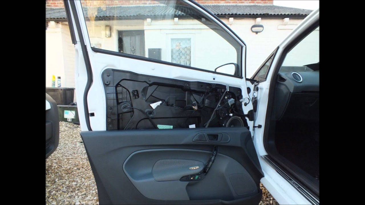 Ford Fiesta Mk7 2008 Present Door Card Removal