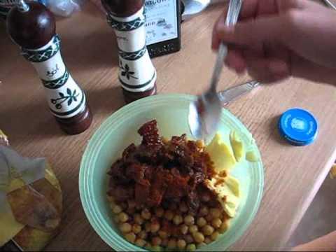 Jak zrobić Hummus z tortillą i chipsami marchewkowymi