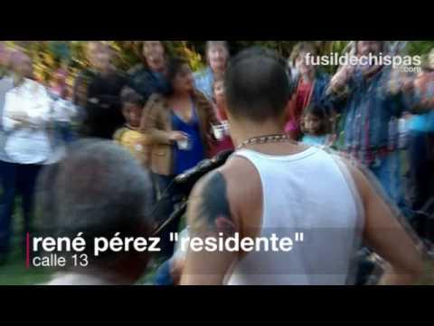 Calle 13: residente visita zona afectada por terremoto en Costa Rica
