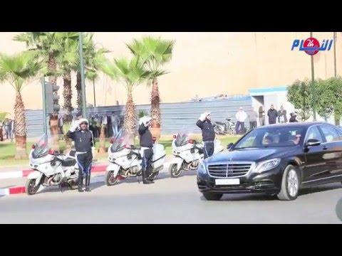 لحظة وصول ومغادرة الأميرين مولاي رشيد ومولاي الحسن لجنازة زليخة الناصري