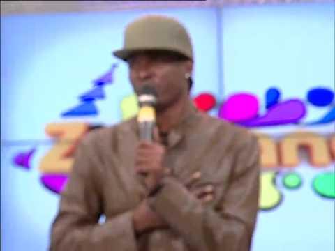 Baixar CEF canta «Botão de Rosa» no Zimbando | TV Zimbo |