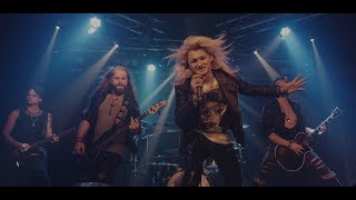 KISSIN' DYNAMITE - Let There Be Night (POWERWOLF Cover) | Napalm Records