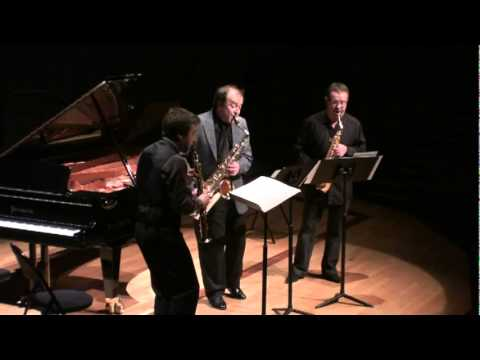 URMEAU & PROST    ( trio saxophone )       - YouTube