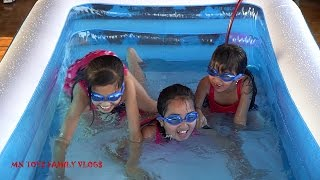 Cùng Bơm Bể Bơi Phao Cỡ Lớn Cho Cả Gia Đình - Bé Tập Bơi Trong Bể Phao Khổng Lồ MN Toys Family Vlogs