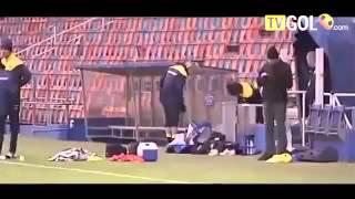 Clip Hai Huoc - những tình huống hài hước nhất trong bóng đá