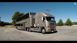 Izvana izgleda kao veliki kamion, ali kad pritisnete dugme, sve se mijenja (VIDEO)