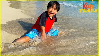 Ryan's Family Day at the Beach activities together!!