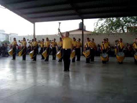 Demostracion de Bandas de Guerra en la Esc. Prim. Vicente Mora