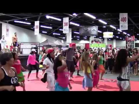 2014 IDEA World Conference - HOT HULA fitness Leg & Abs