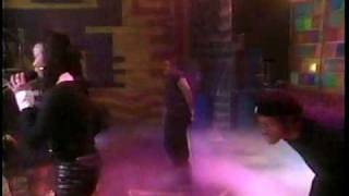 "Brandy Performing ""Baby"" Live 1995"