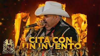 El Coyote y Su Banda Tierra Santa - Cita Con Un Invento (En Vivo)