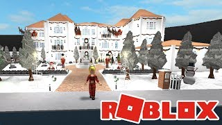 TOURING MY 2.6 MILLION DOLLAR MANSION IN BLOXBURG | Bloxburg House Tour | Roblox