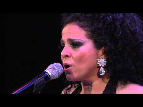 Araceli Collazo And Paloma Negra - Llueve y Llueve