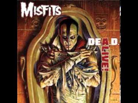 Misfits - 01 - The Devil's Rain Dea.d. Alive ! 2013
