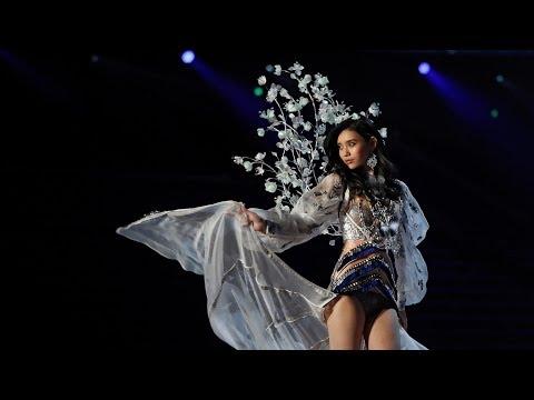 Top 5 Memorable Unfortunate Events (Mistakes) in Victoria's Secret Broadcast History