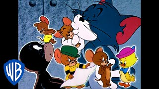 Tom & Jerry   Helping Hand!   Classic Cartoon Compilation   WB Kids