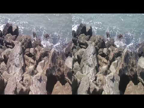 Crashing waves on the rocks (YT3D:Enable=True)