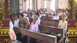 Lễ tang bé Maria Nguyễn Thị Lan Anh giáo xứ Mỹ Đình 03/08/2015 [3]