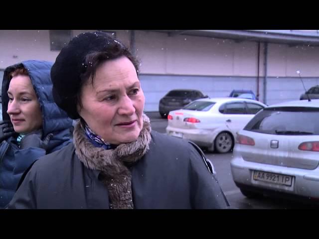 Жители Киева высказывают свое мнение о событиях, происходящих на майдане.