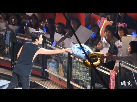 2013.08.12 SS5 in 台灣 Super Junior - Talk+Marry U