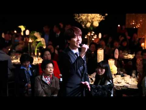 Kyuhyun singing at his sister's wedding (Cho Ahra)