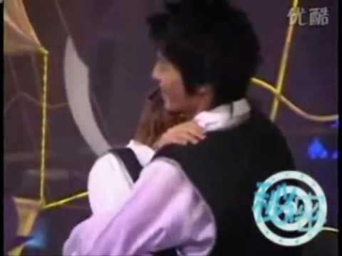 Eunhyuk and Donghae hugging ♥ - EunHae