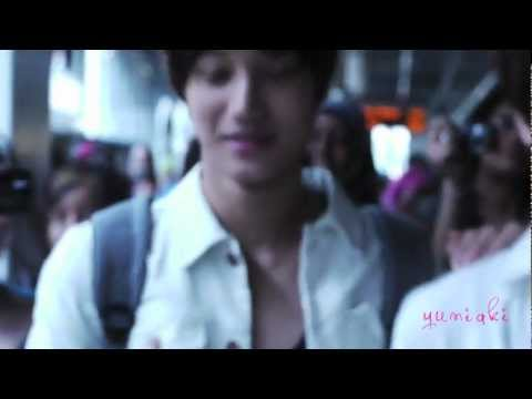 EXO-K arrived at Heathrow in LONDON (with KAI moment)
