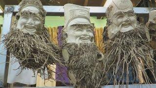 Tuyệt kỹ biến gốc tre thành tác phẩm nghệ thuật ở chợ Hội An