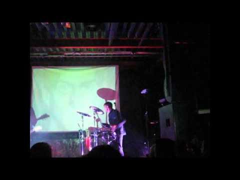 Дельфин-Сахар(live Мурманск Клуб Магнит 10.02.12).flv