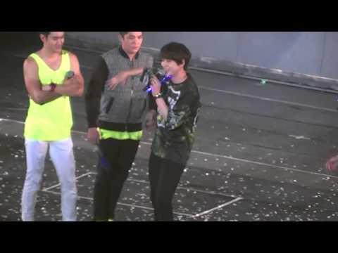 141130-super show 6 in Taiwan-排字可以變顏色嗎