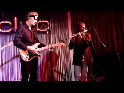 No Way To Say Goodbye - John Illsley & Chris White from Dire Straits in Hamburg 14.05.2010