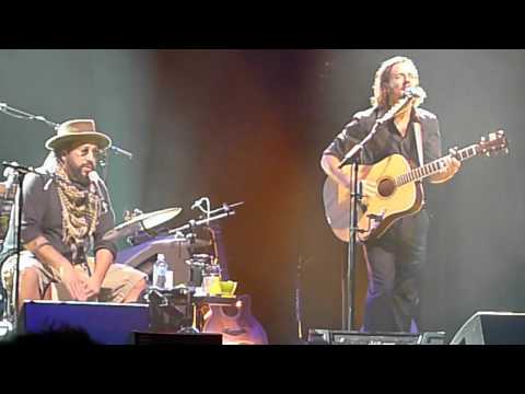 Baixar Living In The Moment - Jason Mraz + Toca Rivera - Live in Sydney 2011