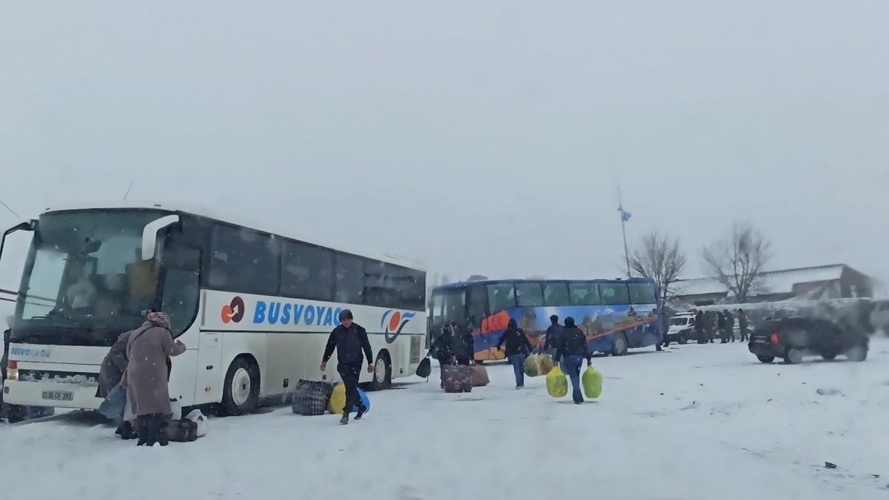 """""""Дорога жизни"""": как беженцы возвращаются в Карабах"""