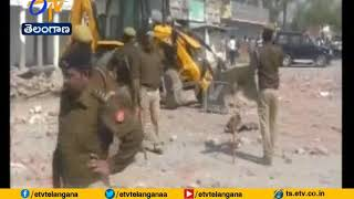 10 Killed in Explosion at Carpet Factory in UP's Bhadohi | Rescue Operation Underway