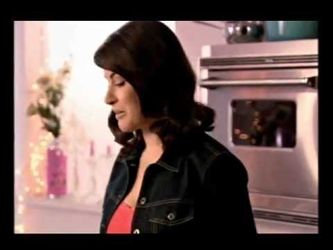 Nigella Lawson: Cherry Cheesecake: Express - YouTube