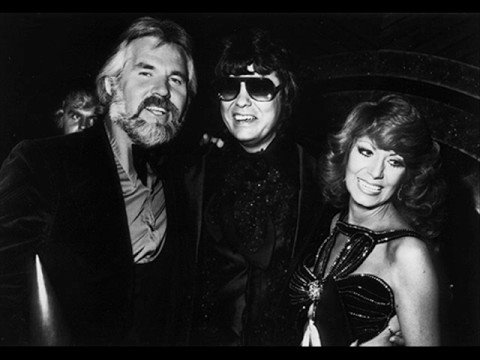 KENNY ROGERS & DOTTIE WEST - WHAT ARE WE DOING IN LOVE ...
