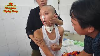 Việt Kiều Mỹ và em gái Melbourne gởi tiền giúp cháu Huy trị bệnh hiểm nghèo