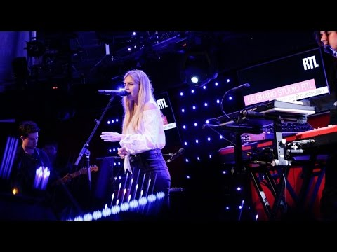 London Grammar - Rooting For You (Live) Le Grand Studio RTL