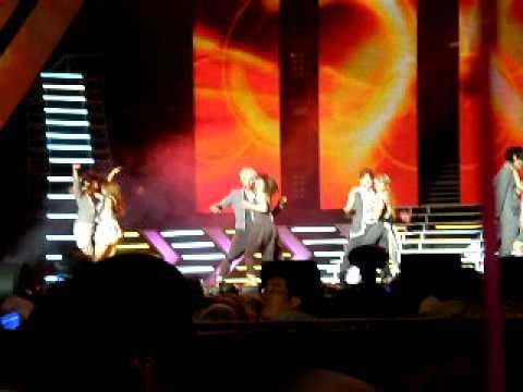 20110115 [ V ] 音樂標榜頒獎演唱會 - dance flow (come on)