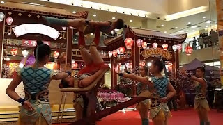 3/2安徽省女子雜技團(東港城)︰跳板蹬人(第一場)