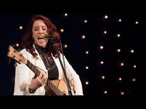Danielle Nicole - 'The Full Session' I The Bridge 909 in Studio