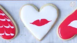 Recettes de cuisine : Allrecipes France Décorer des sablés pour Saint Valentin en vidéo