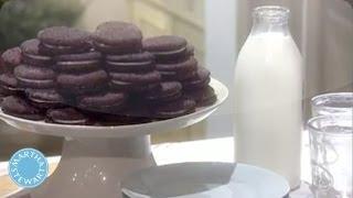 Chocolate Sandwich Cookie with Vanilla Cream - Martha Stewart