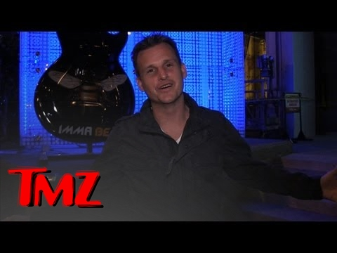 Rob Dyrdek Munches On What??? - Smashpipe Entertainment